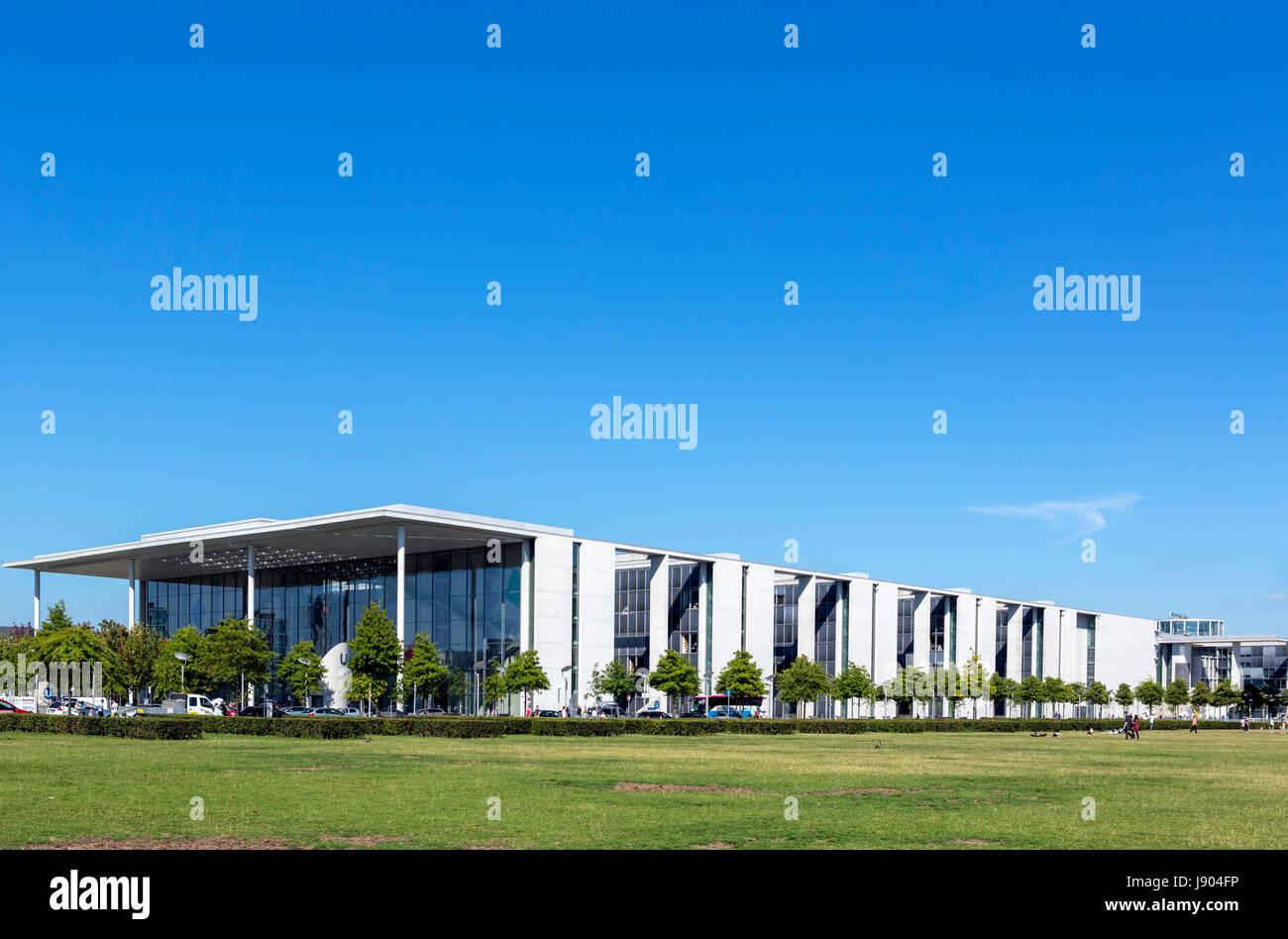 The Paul Löbe Building of the German Parliament (Bundestag), Mitte, Berlin, Germany - Stock Image