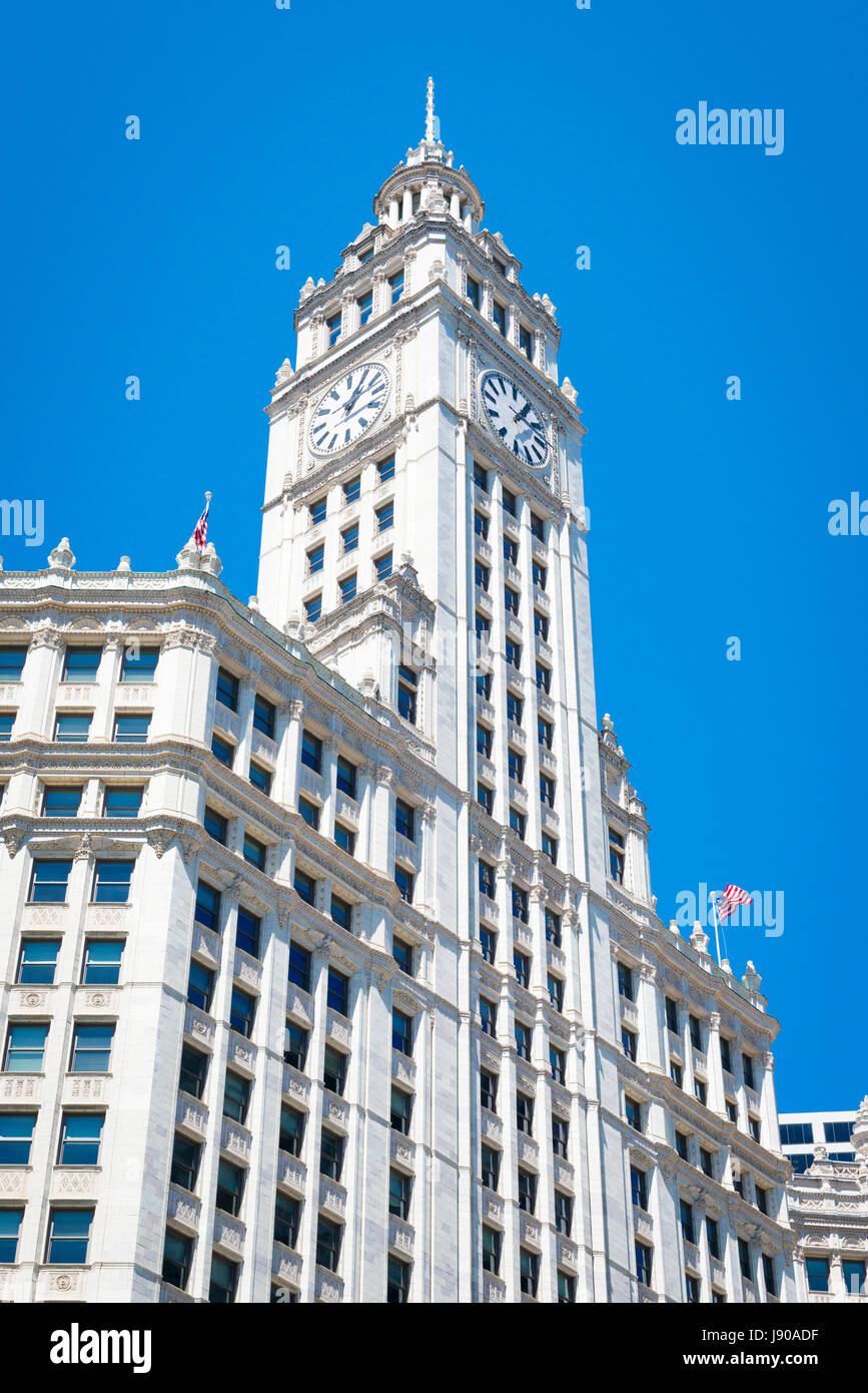 View from Chicago River Illinois modern contemporary skyscrapers high-rises buildings property blue sky sunshine - Stock Image
