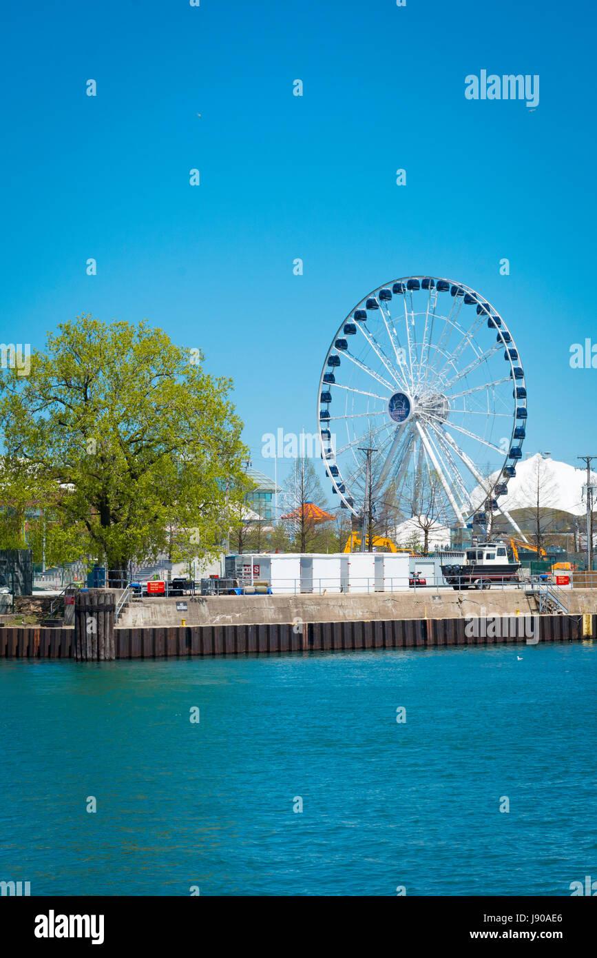 Chicago Illinois Near North Side E Grand Ave Navy Pier James Adams Memorial Park 150 foot ferris wheel big wheel - Stock Image