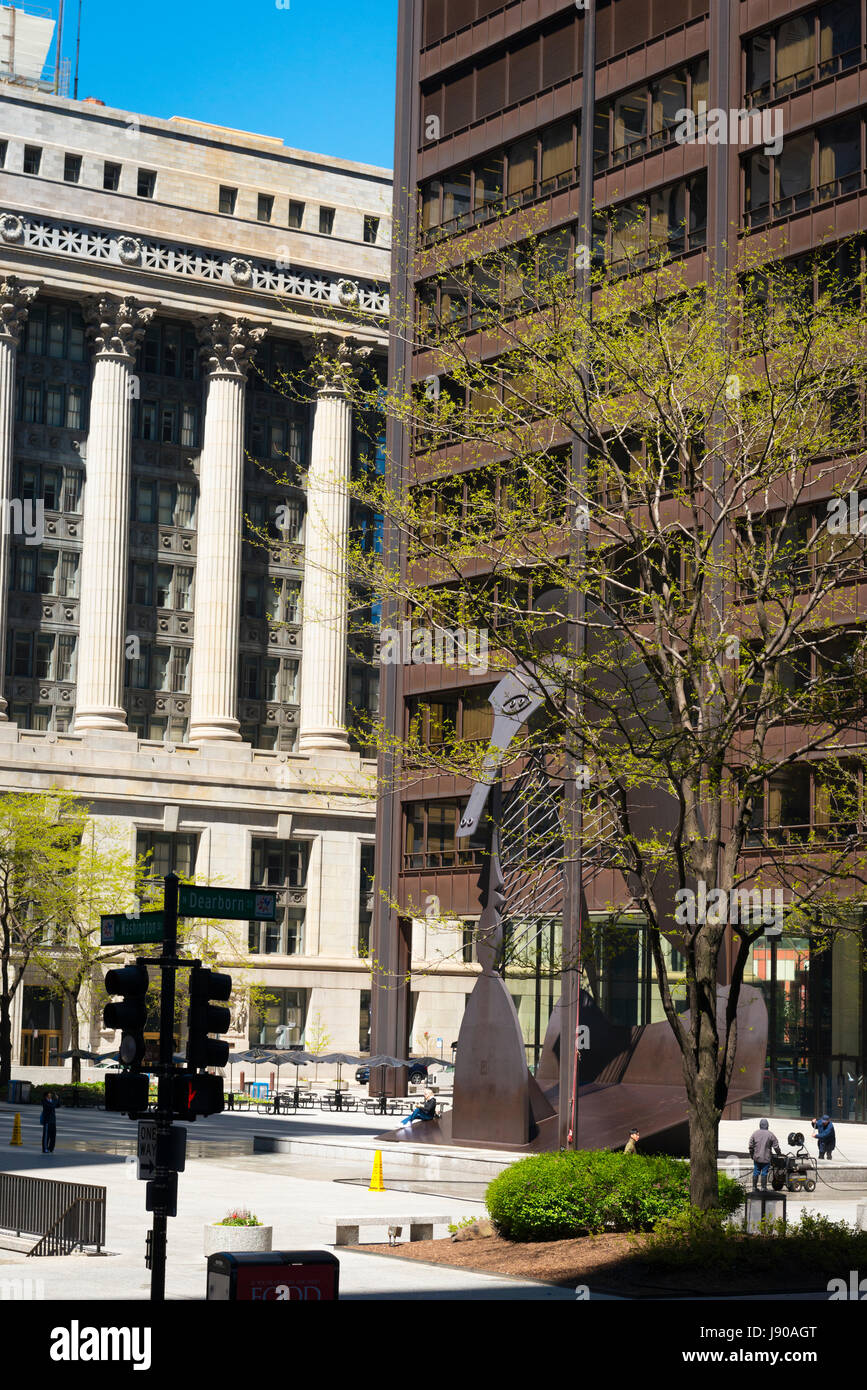 Chicago Illinois N Washington Street N Dearborn Street Neo Classical & modern contemporary buildings skyscrapers - Stock Image