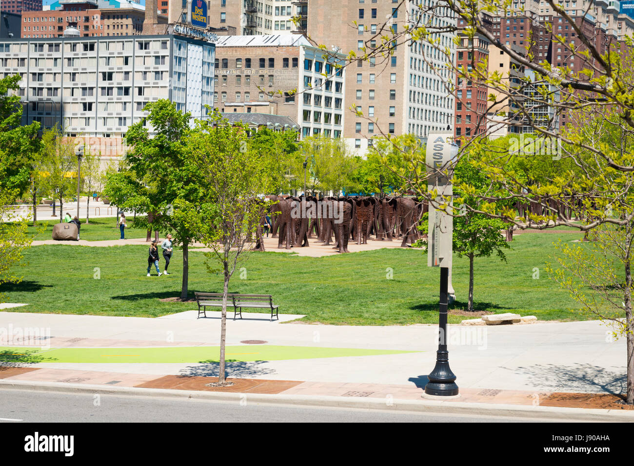Chicago Illinois East Roosevelt Road Grant Park Agora or The Legs by Polish Magdalena Abrakanowicz 106 cast iron - Stock Image