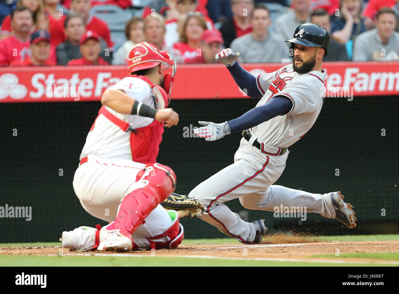 Los Angeles, California, USA. 30th May, 2017. May 30, 2017: in the game between the Atlanta Braves and Los Angeles Stock Photo