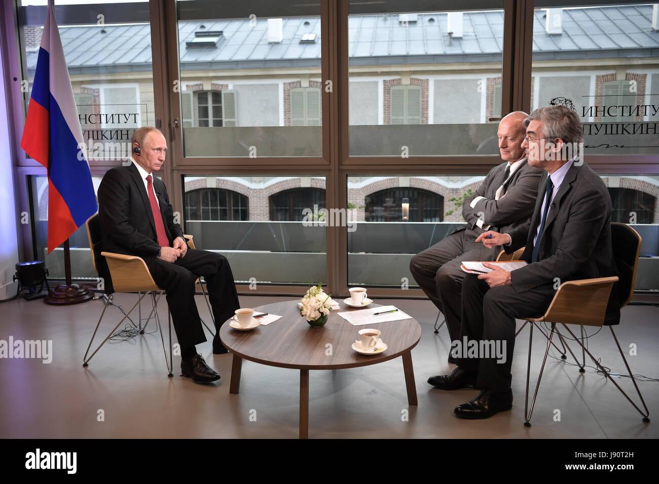 Paris france th may russia s president vladimir putin