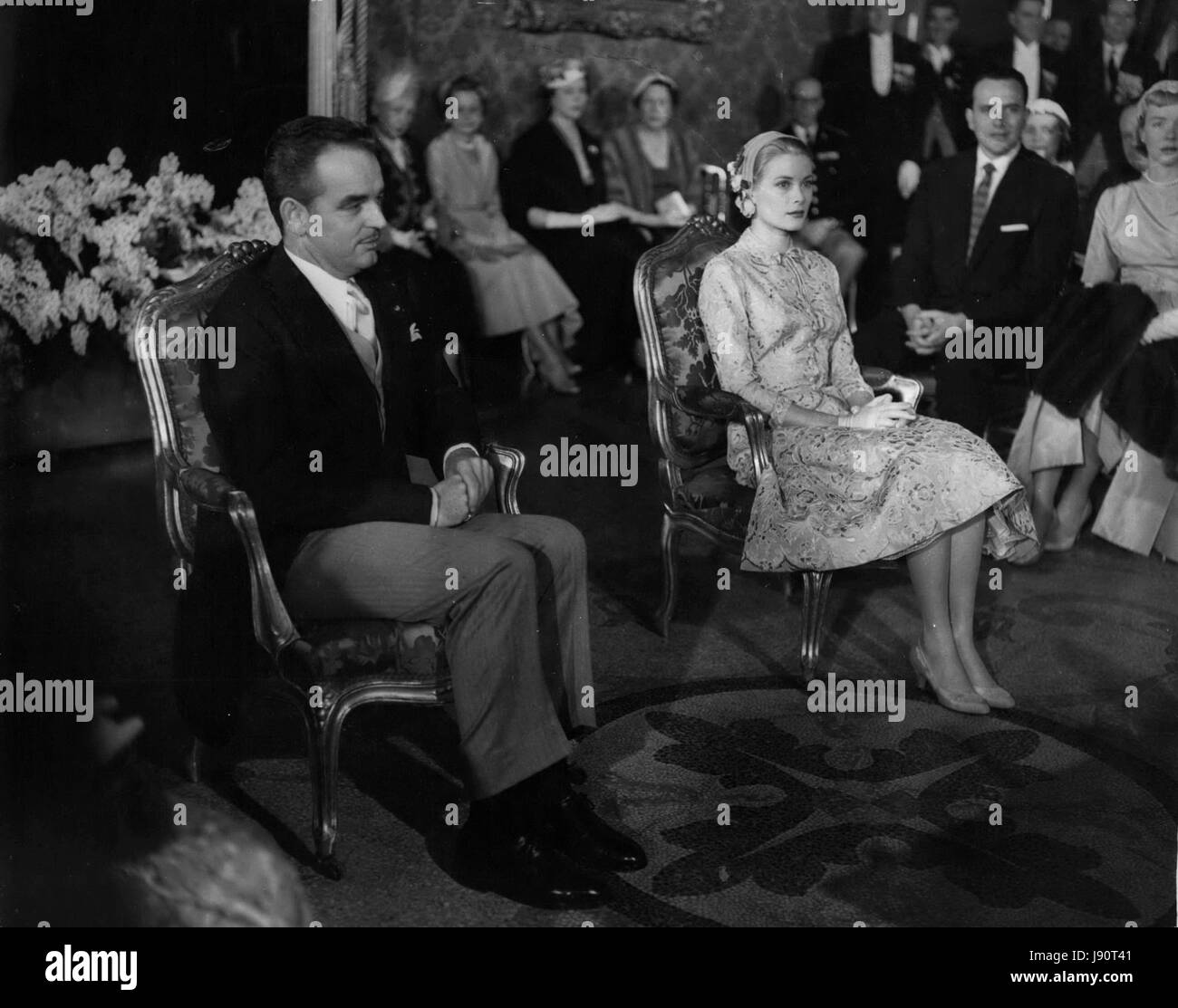 Apr. 04, 1956 - Grace Kelly marries prince Rainier Civil Ceramony at the Royal Palace. Photo shows The scene inside - Stock Image