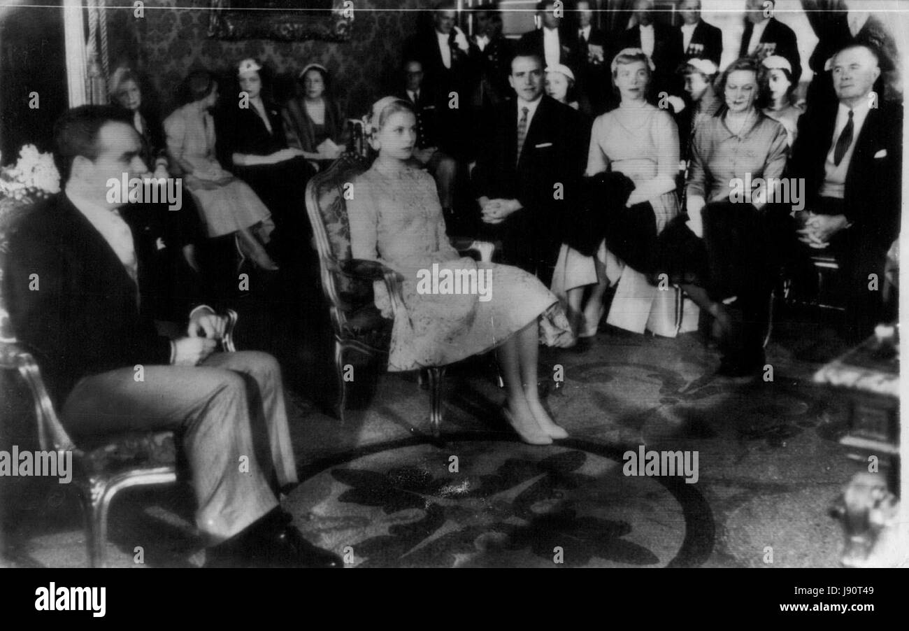 Apr. 18, 1956 - Guests at wedding of Grace Kelly & Prince Rainier of Monaco (Credit Image: © Keystone Press - Stock Image