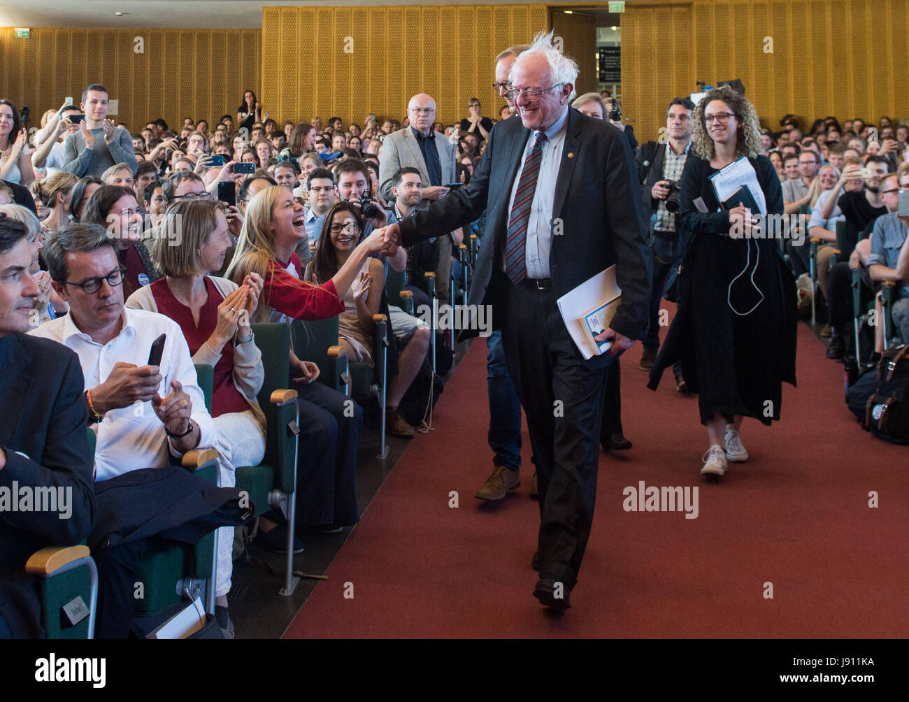 Berlin, Germany. 31st May, 2017. US politician and former presidential candidate Bernie Sanders arrives to the Herny - Stock Image