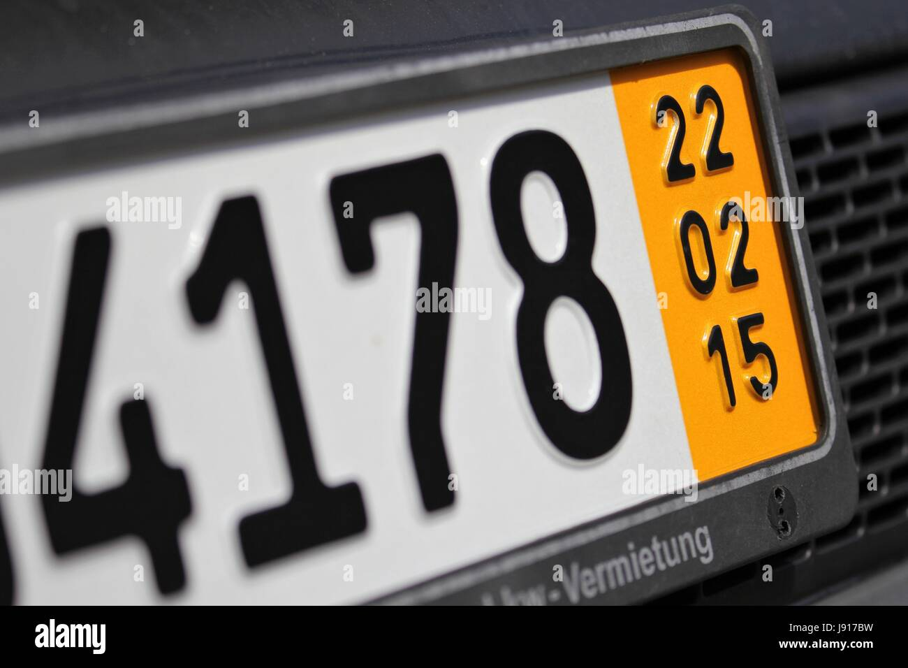 Dating car registration numbers