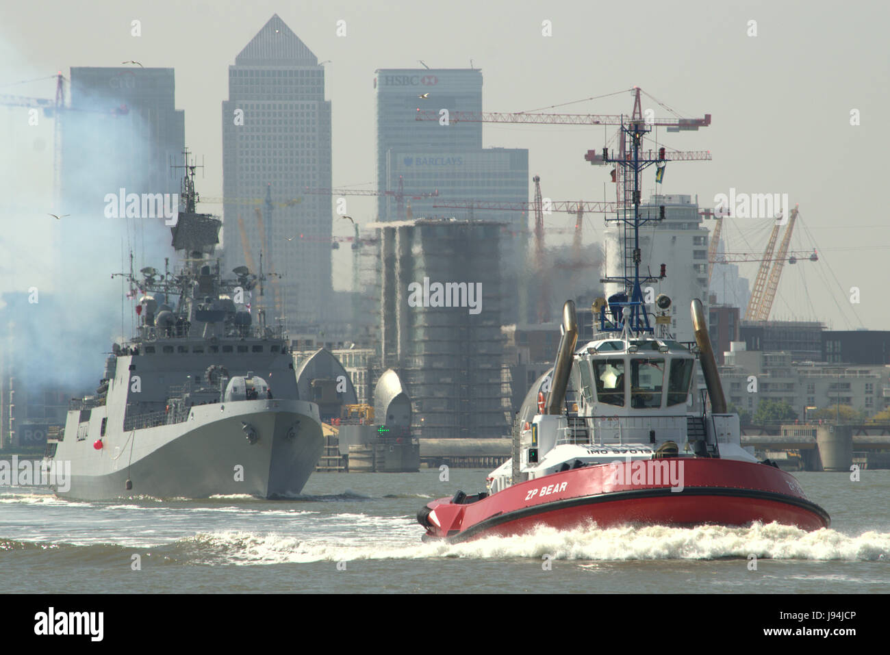 Indian Naval Vessel INS Tarkash F50 heads down the river Thames after paying a goodwill visit to London - Stock Image