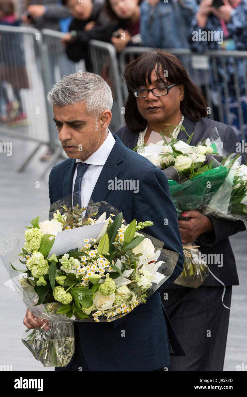 London, UK. 5th June, 2017. Sadiq Khan and Diane Abbott with flowers. A vigil to remember the victims of the London - Stock Image