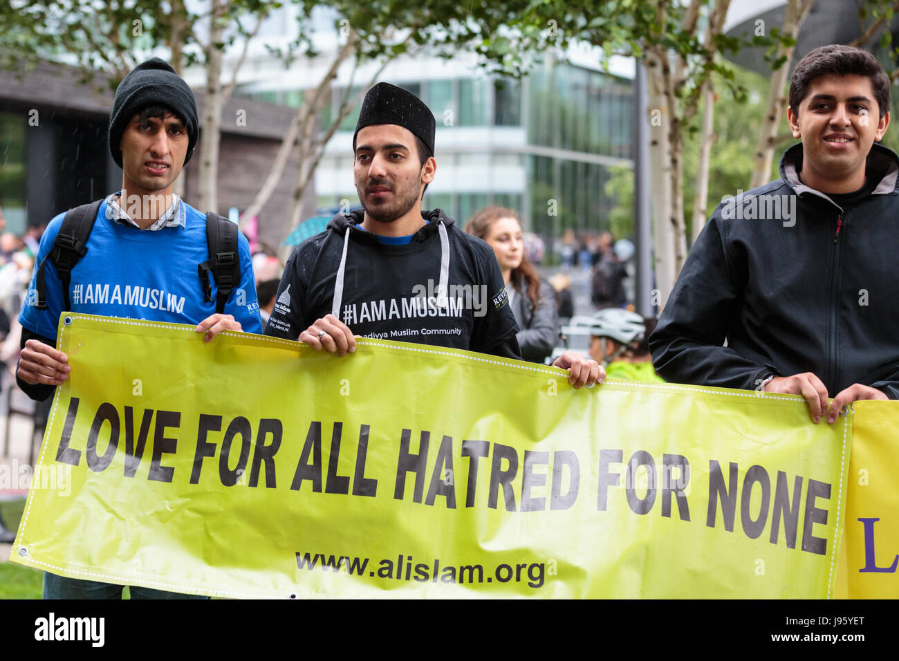London, 5th June 2017. Representatives from the Muslim community show their respect and solidarity. A vigil is held - Stock Image
