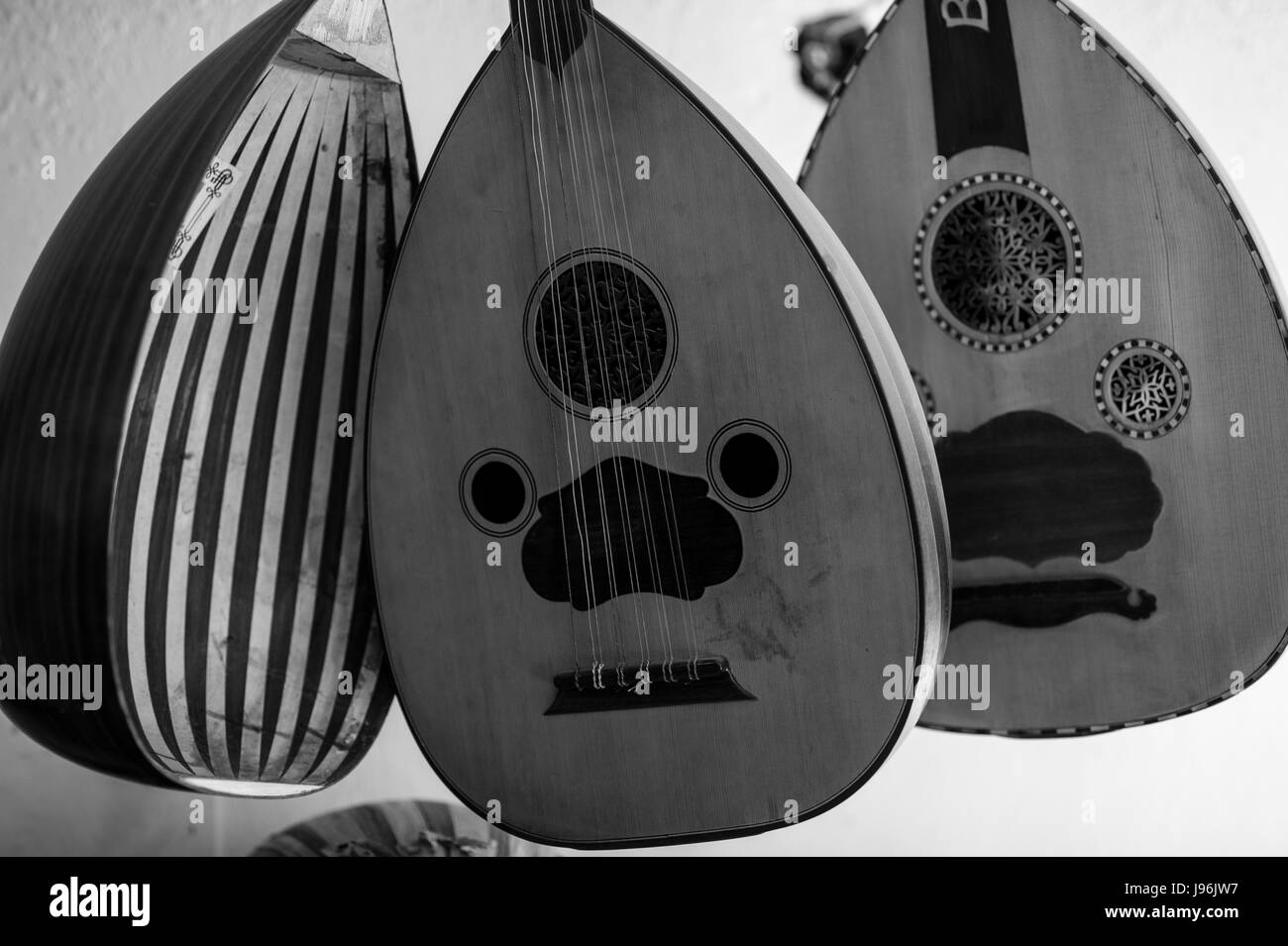 Tradition Turkish handmade Oud for sale in a Istanbul workshop - Stock Image