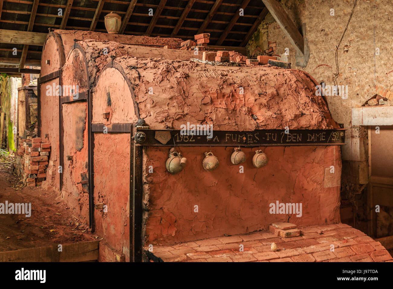 ceramic kiln stock photos ceramic kiln stock images alamy. Black Bedroom Furniture Sets. Home Design Ideas