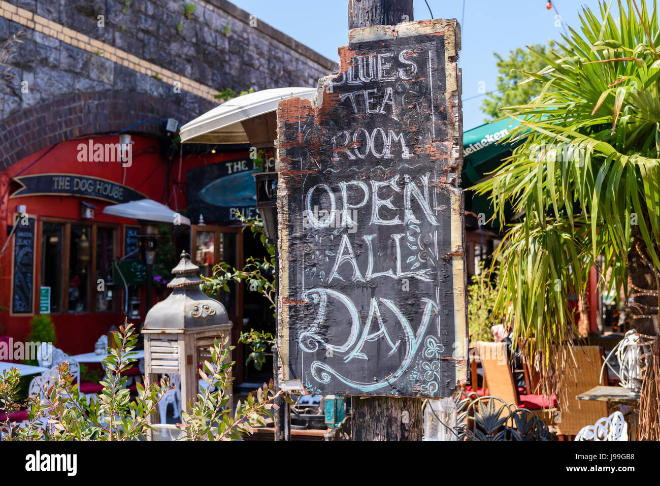 Sign saying 'Blues Tea Room - Open all day'. - Stock Image