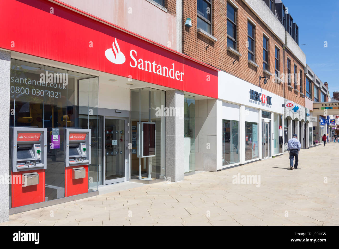 Row of High Street retail banks (Santander, HSBC and Barclays), West Street, Fareham, Hampshire, England, United - Stock Image