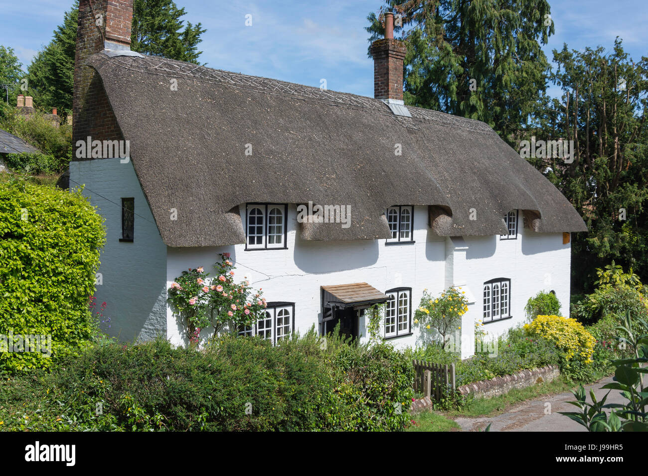 Thatched cottage, Church Lane, West Meon, Hampshire, England, United Kingdom - Stock Image
