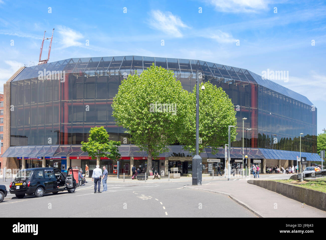 The Meads Shopping Centre, Eastmead, Farnborough, Hampshire, England, United Kingdom - Stock Image