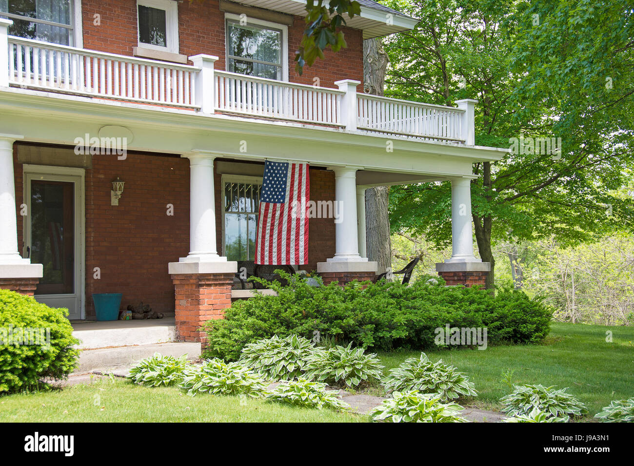 Front Porch Brick Home Best House Interior Today