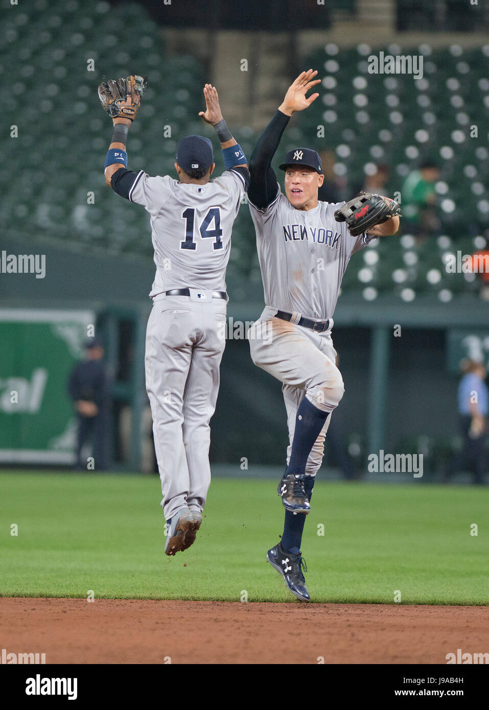 159ae95aa0b New York Yankees second baseman Starlin Castro (14) and right fielder Aaron  Judge (