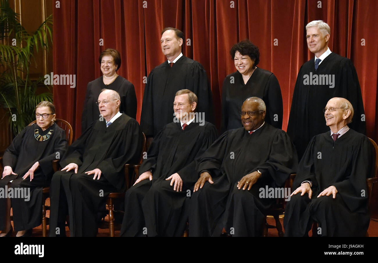Members of the US Supreme Court pose for a group photograph at the Supreme Court building on June 1 2017 in Washington, - Stock Image