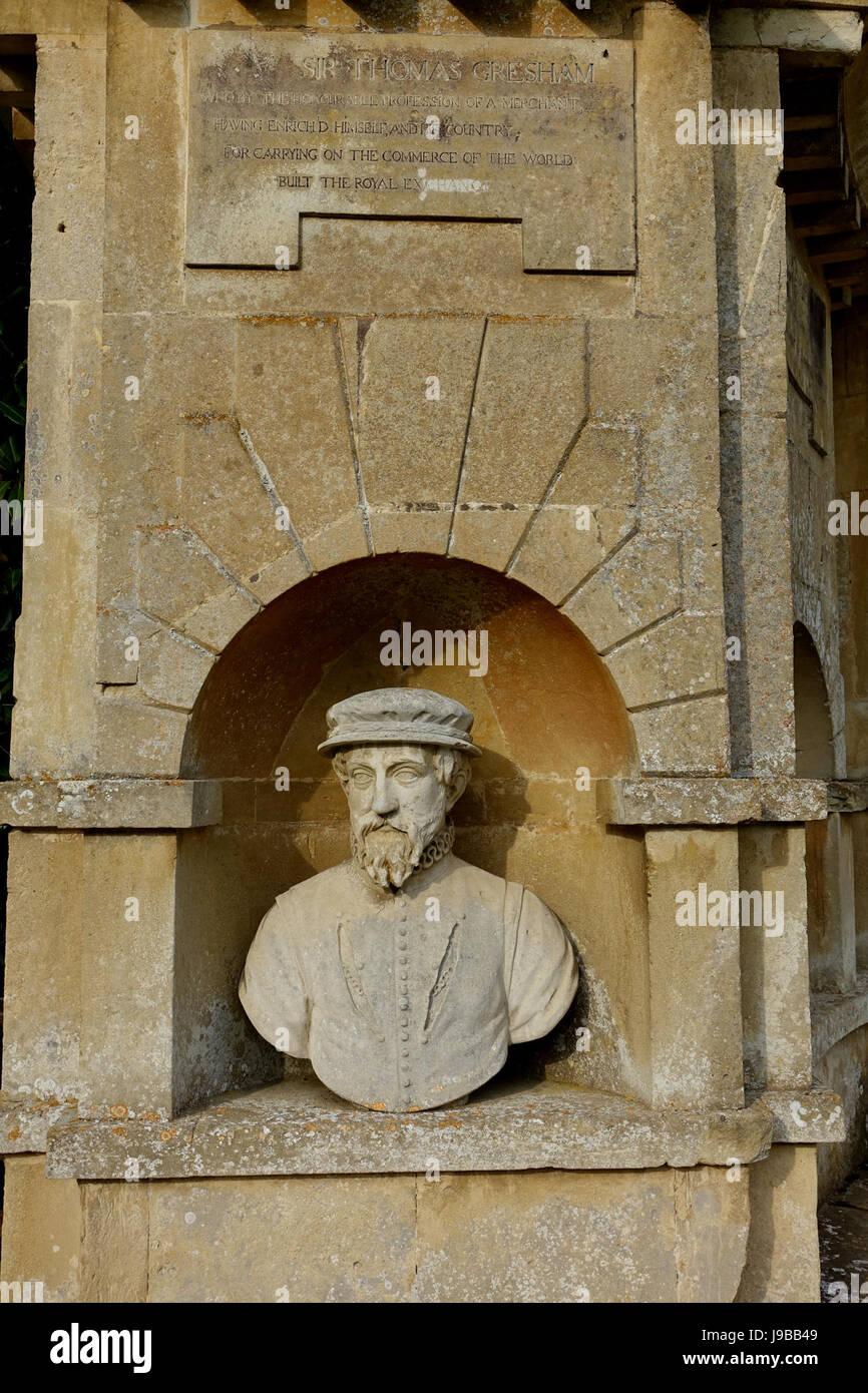 Sir Thomas Gresham   Temple of British Worthies, Stowe   Buckinghamshire, England   DSC08454 - Stock Image