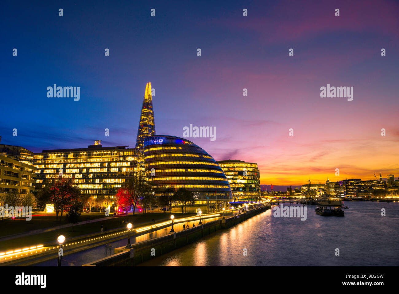 Promenade on the Thames, Skyline of the office complex More London Riverside, London City Hall, City Hall, The Shard - Stock Image