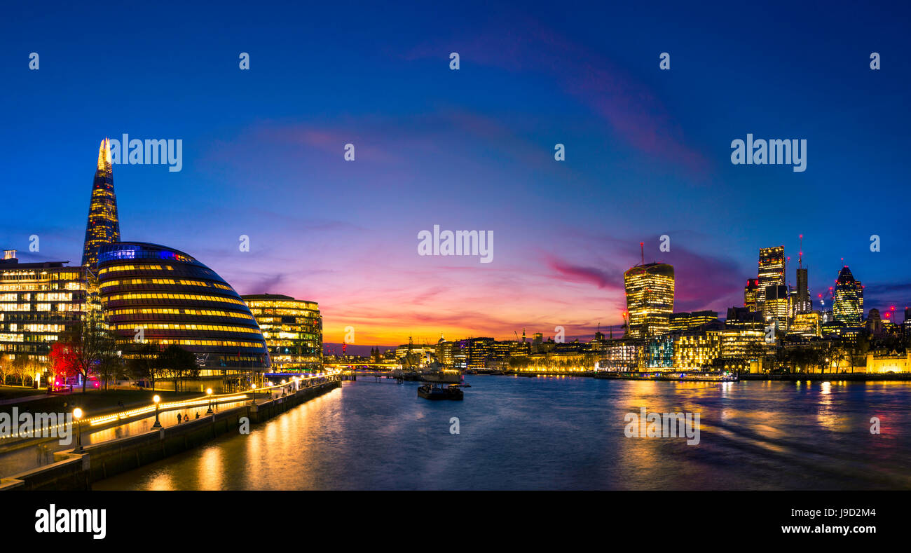 Panorama, promenade on the Thames, Potters Fields Park, Skyline of the City of London, Gherkin, Leadenhall Building - Stock Image