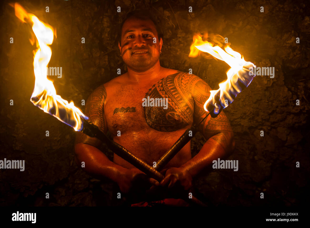 Local fire dancer in the Matavai Resort, Niue, South Pacific, Pacific - Stock Image