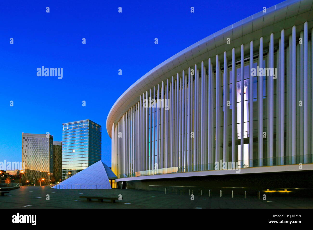 European Court of Justice and New Philharmonic Hall on Kirchberg in Luxembourg City, Grand Duchy of Luxembourg, - Stock Image