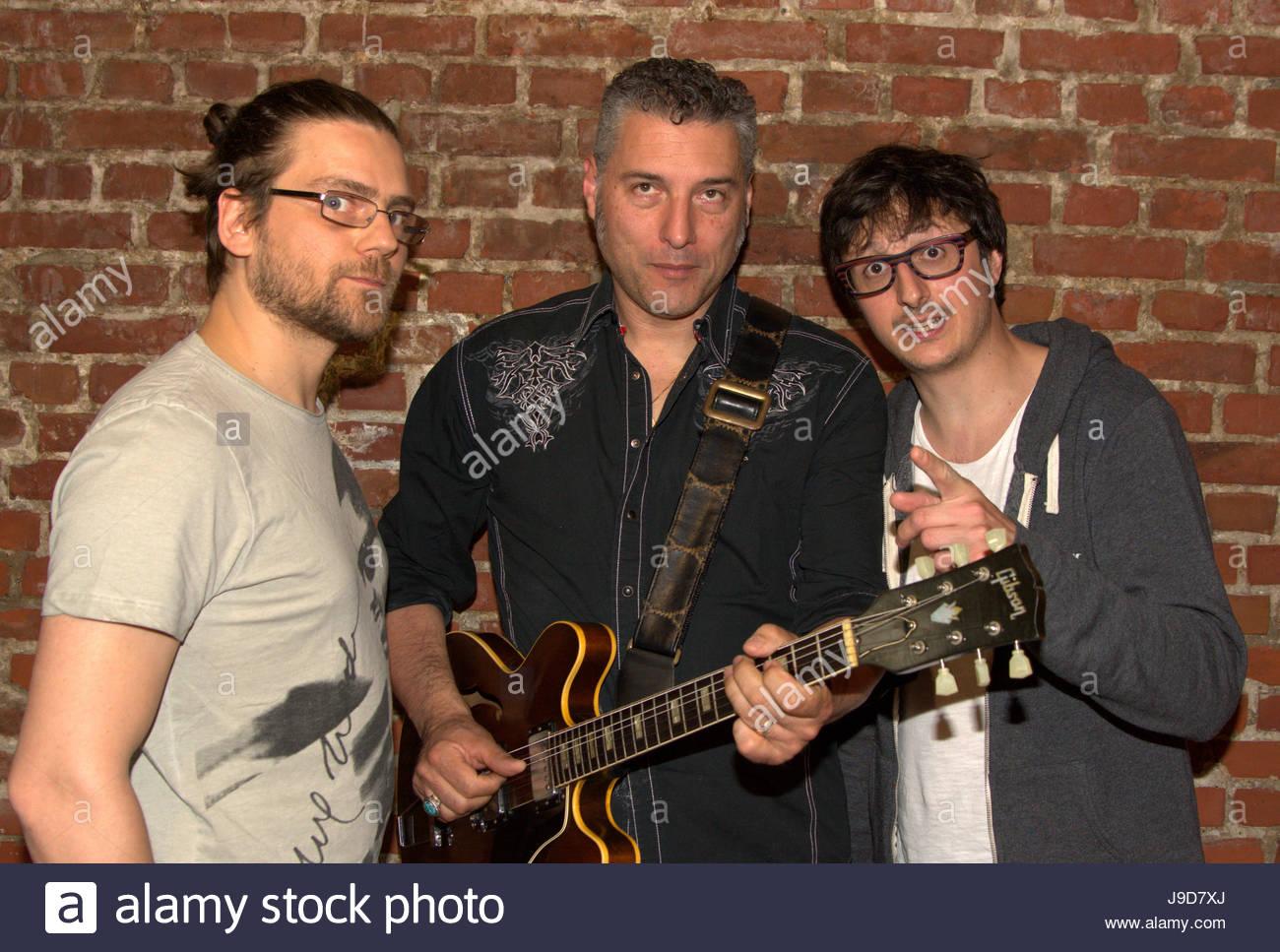 Die italienische Bluesband Morblus: Stefano Dallaporta (Bass), Roberto Morbioli (Gitarre und Gesang), Nik Taccori - Stock Image