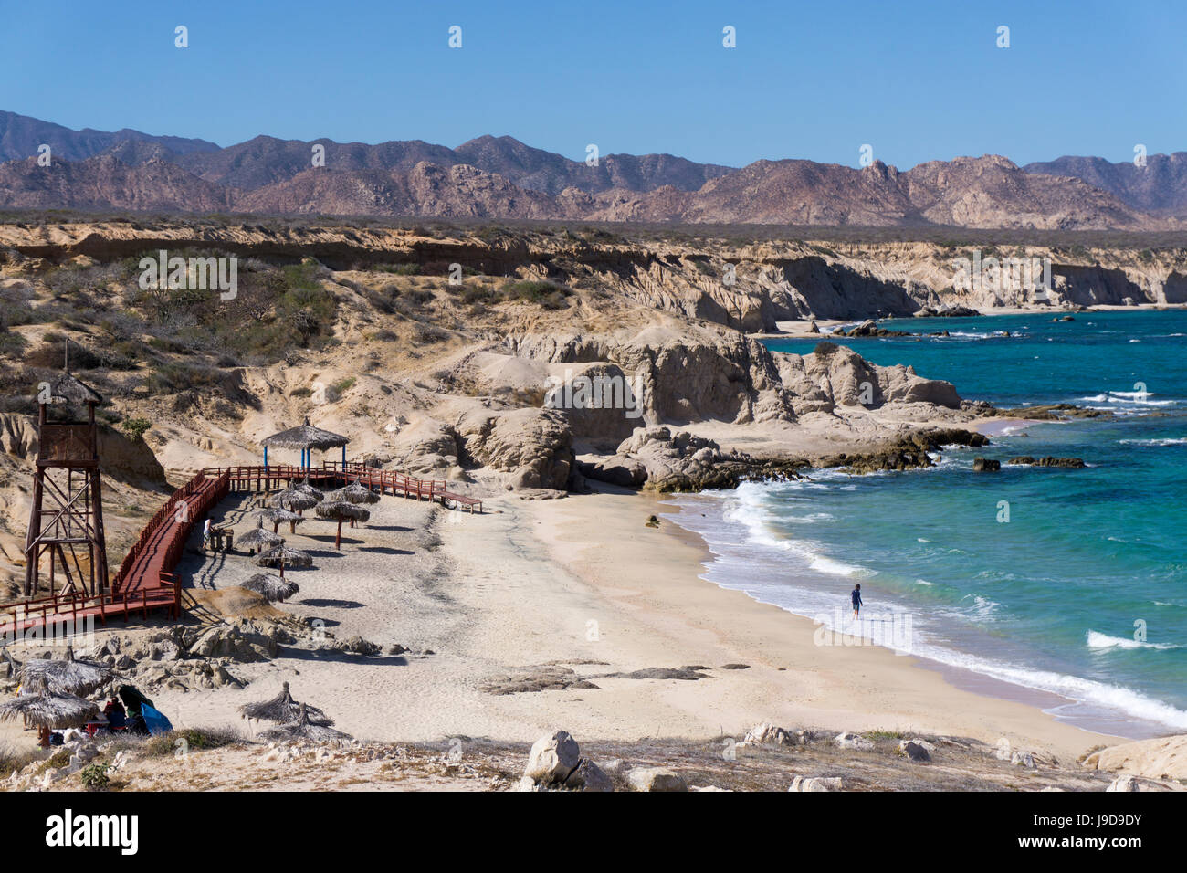 Beach and whale watch tower, Cabo Pulmo, UNESCO World Heritage Site, Baja California, Mexico, North America - Stock Image