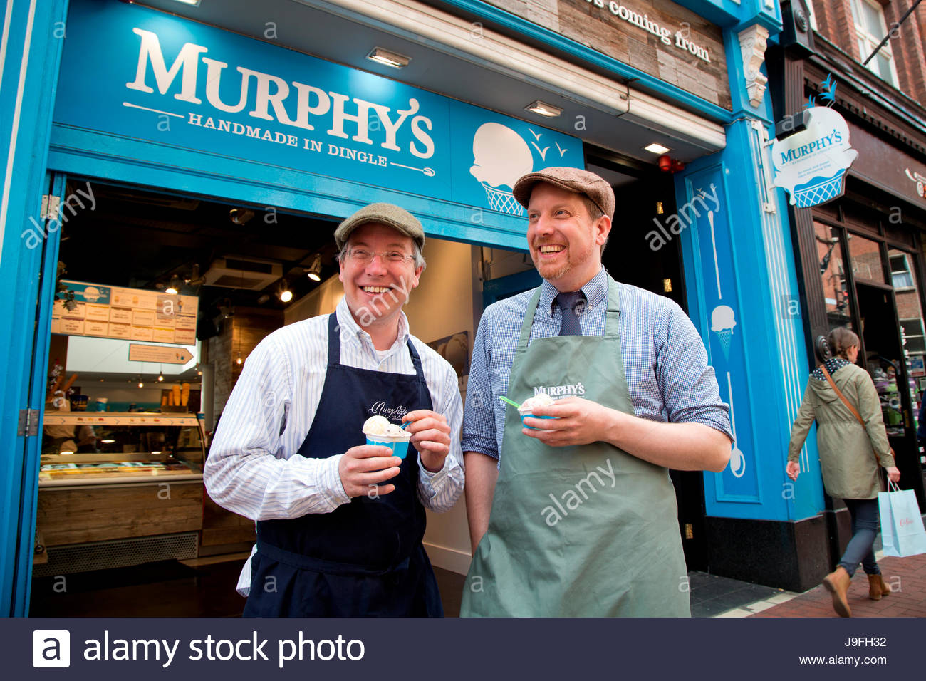 Brothers Kieran and Sean Murphy serve what is widely considered the best ice cream in Ireland. - Stock Image