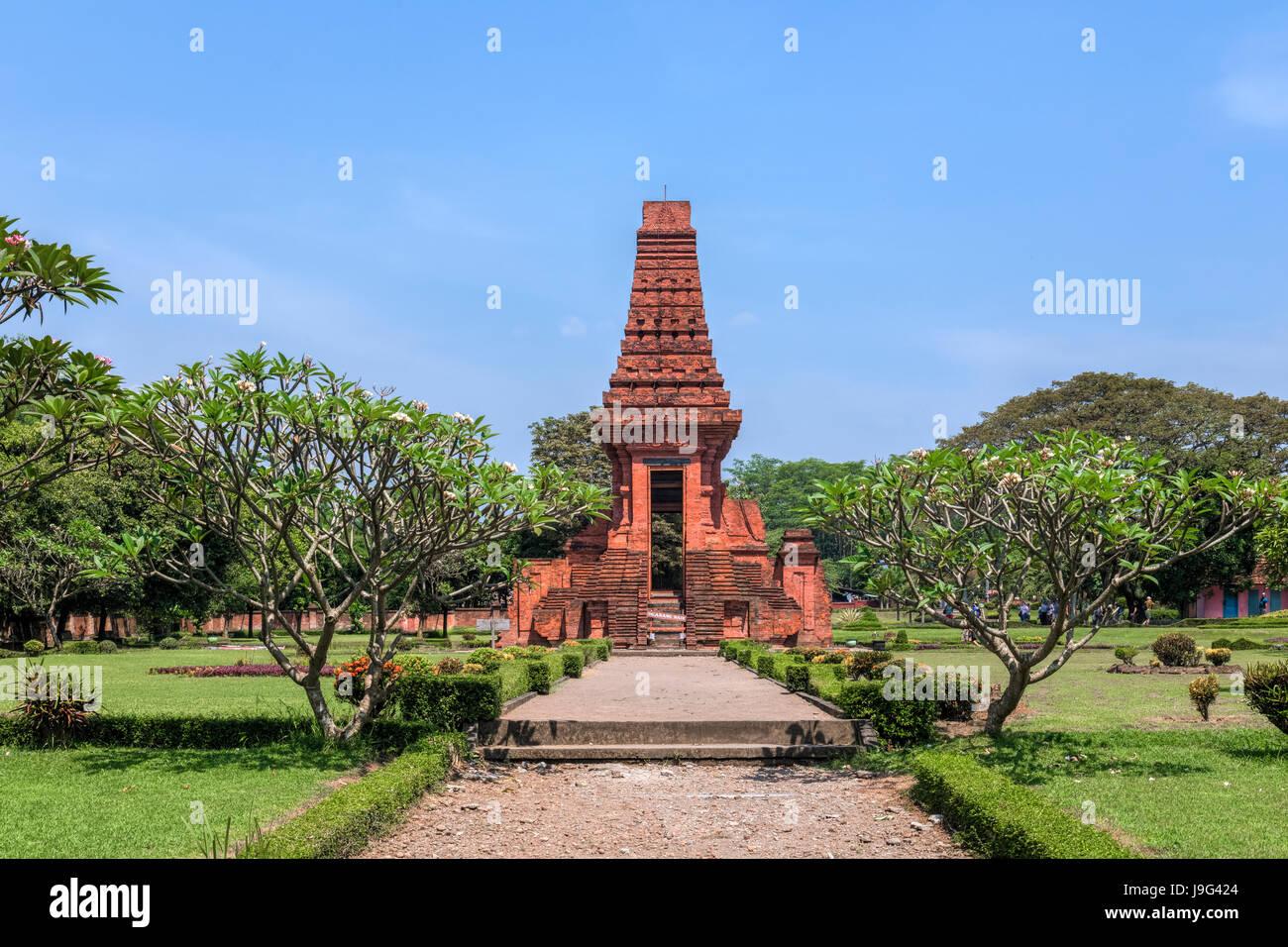 Bajang Ratu temple, Trowulan, Majapahit, Java, Indonesia, Asia - Stock Image