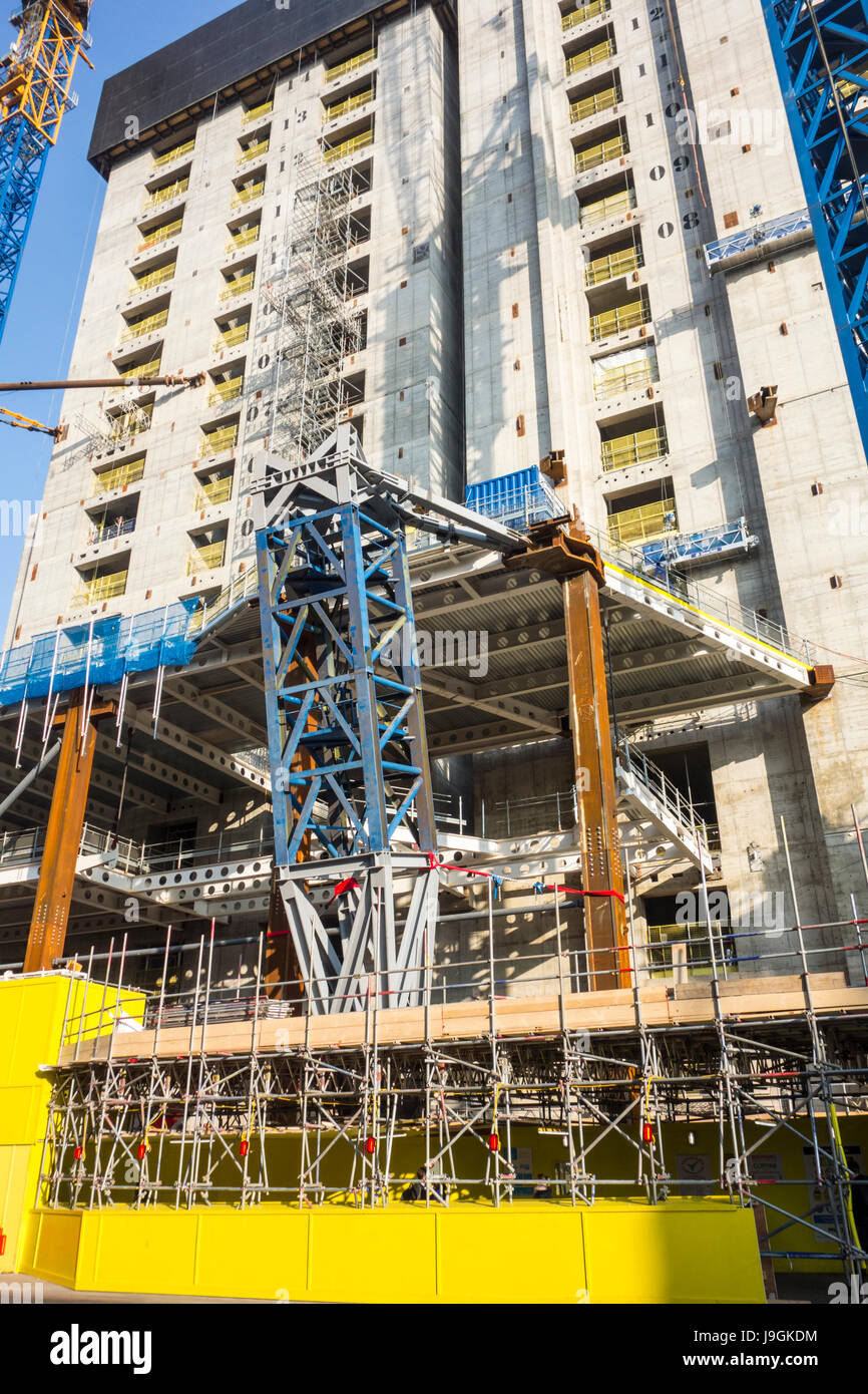 Construction work at 100 Bishopsgate development skyscraper tower by Allies and Morrison  & Woods Bagot, City - Stock Image