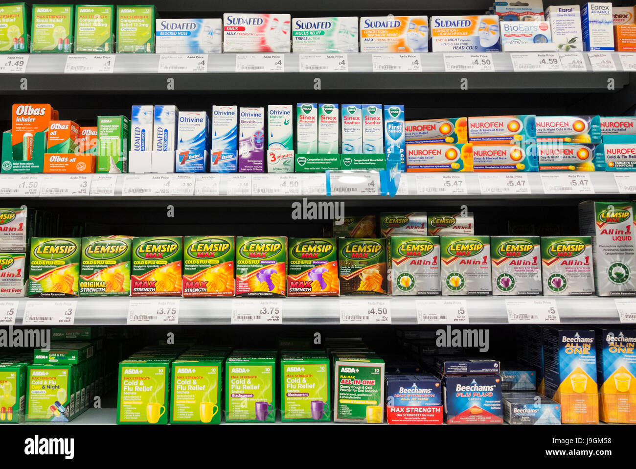 Lemsip and other cold and flu relief products in supermarket. UK - Stock Image