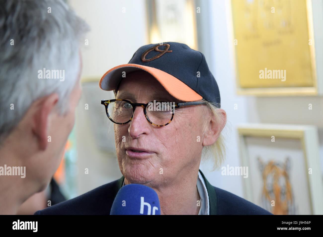 Kelkheim, Germany. 1st June, 2017. Otto Waalkes, German comedian, singer, painter, exhibition opening. The exhibition Stock Photo