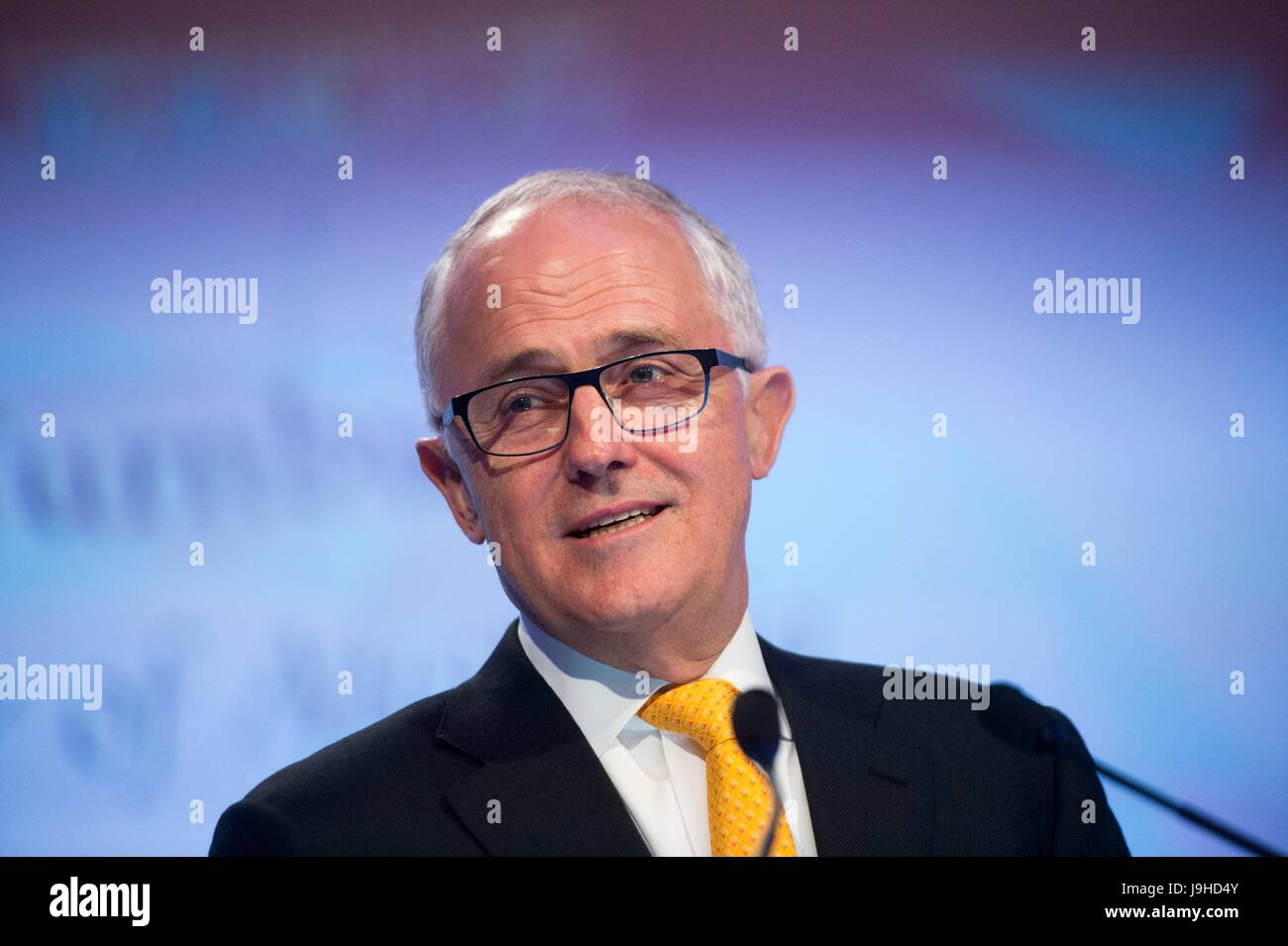 Australian Prime Minister Malcolm Turnbull delivers the key-note address to kick off the IISS Shangri-La Dialogue - Stock Image