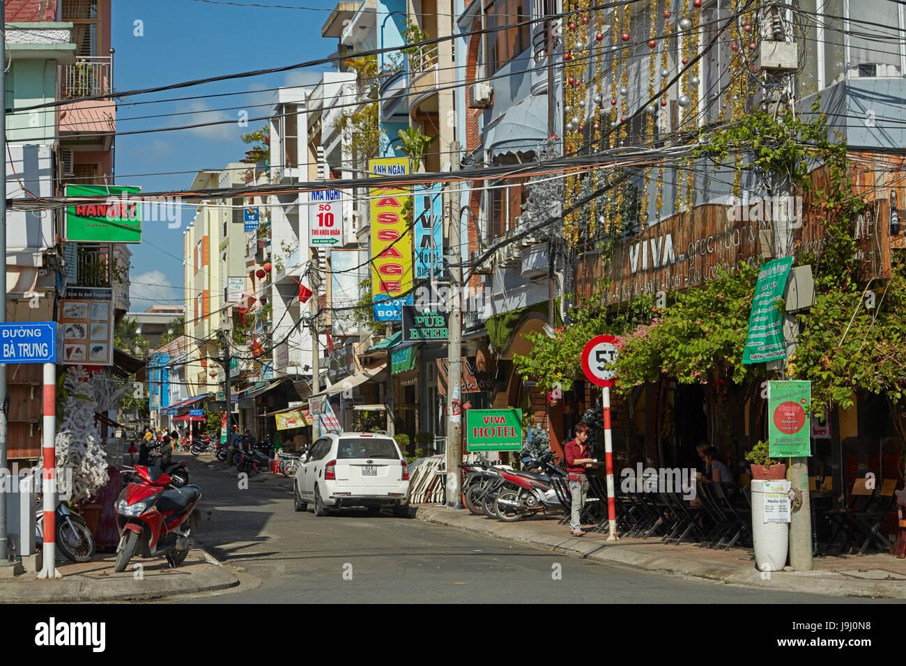 Narrow street, Can Tho, Mekong Delta, Vietnam - Stock Image