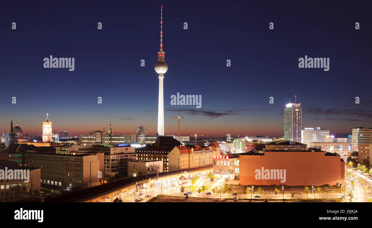 View Over Alexanderstrasse On Television Tower Rotes