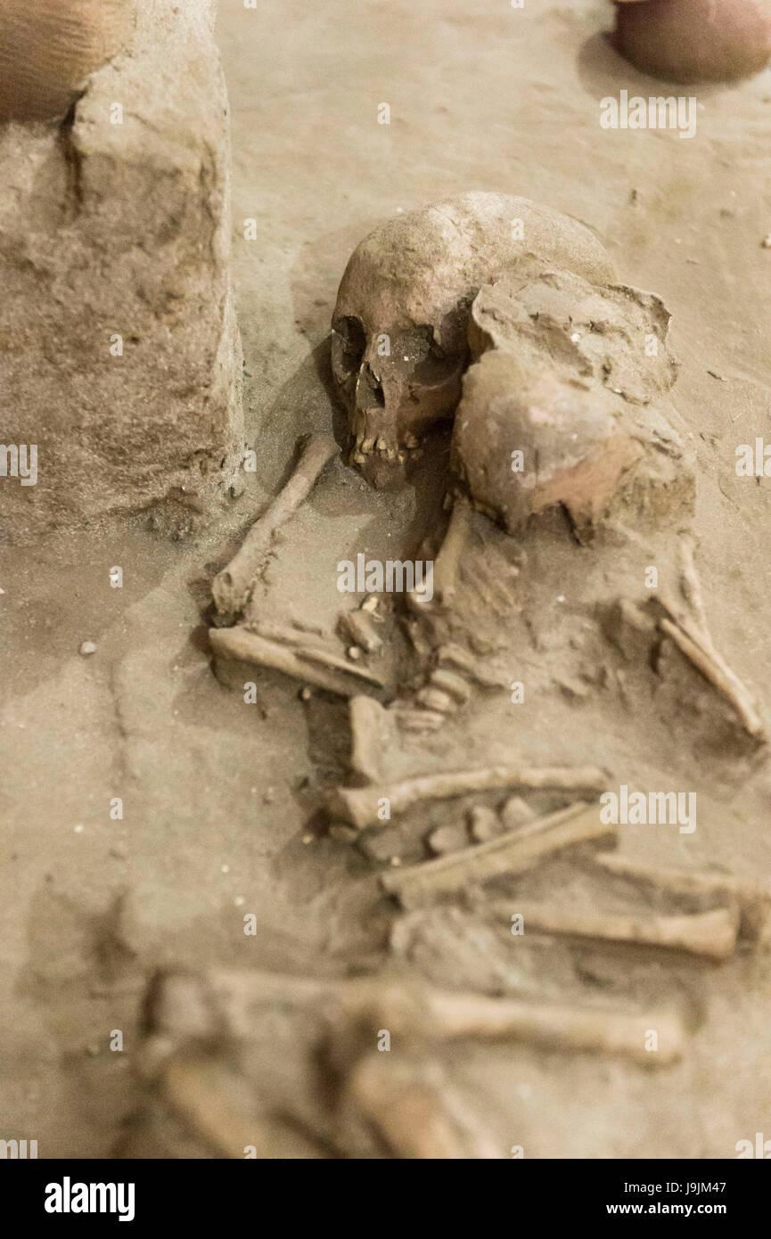 Denpasar, Bali museum, tomb, human bones - Stock Image