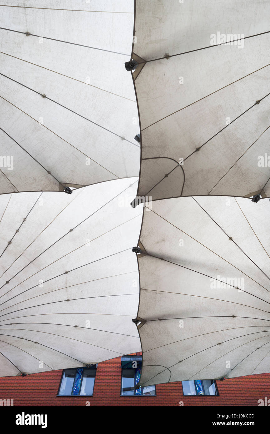 Ireland, Dublin, Temple Bar area, large umbrellas outside the Dublin Photographic Archive - Stock Image