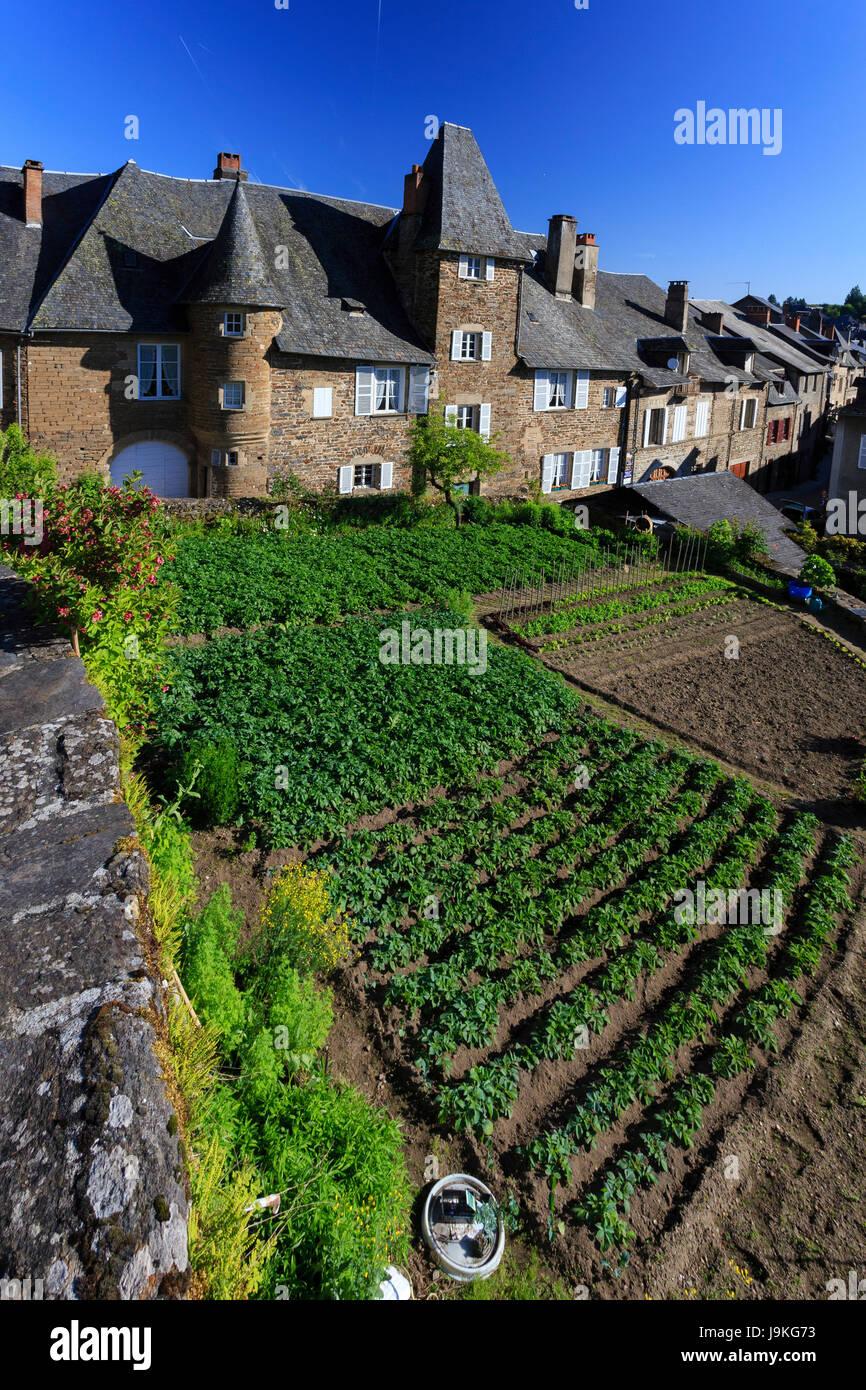 France Correze Uzerche Tayac Castle And Kitchen Garden On Terrace