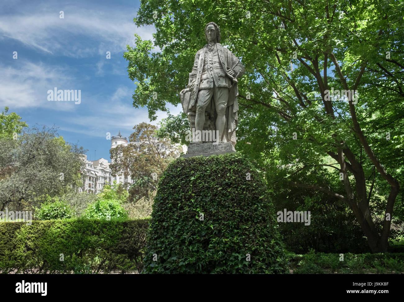 A statue displayed inside Real Jardin Botanico (Royal Botanic Garden), Madrid, Spain - Stock Image