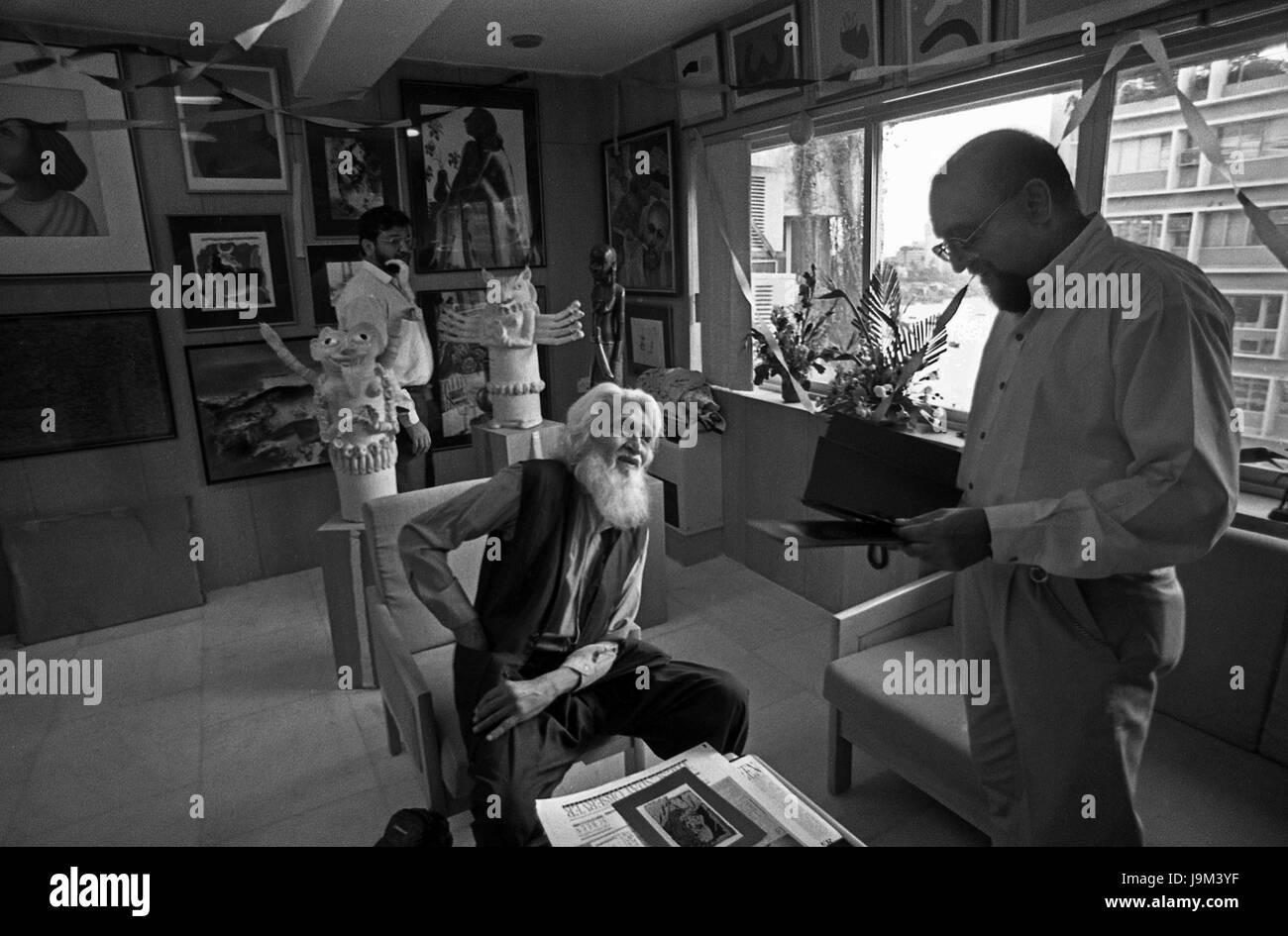 pritish nandy and mf husain, sunday observer officer, mumbai, maharashtra, India, Asia - Stock Image
