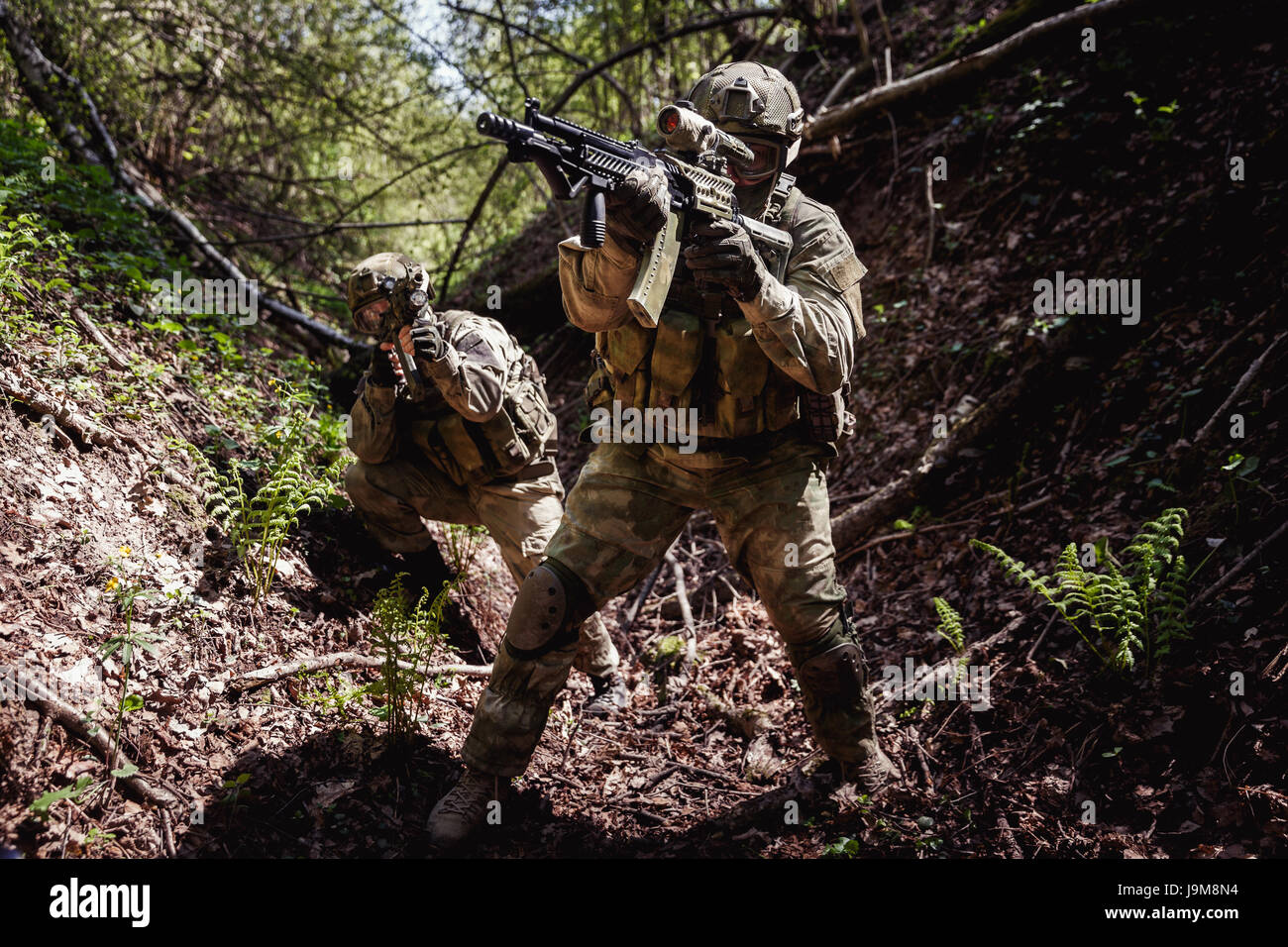 Portrait of officers on battlefield - Stock Image