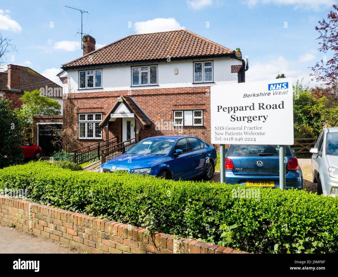 Traditional 2 doctors, NHS, Surgery, Caversham , Reading, Berkshire, England - Stock Image