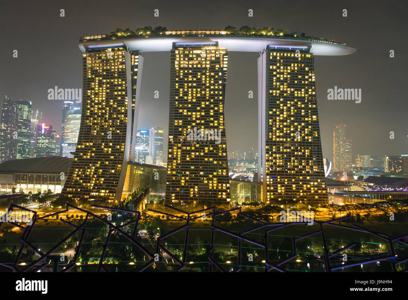 Marina Bay Sands hotel at night, Singapore. - Stock Image