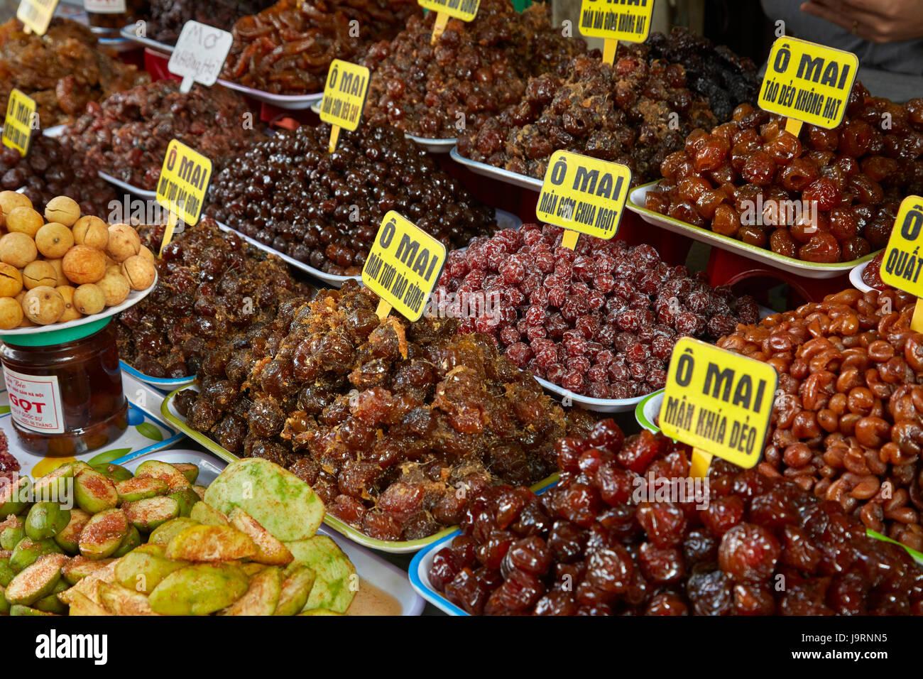 Sticky fruit stall, Old Quarter, Hanoi, Vietnam - Stock Image