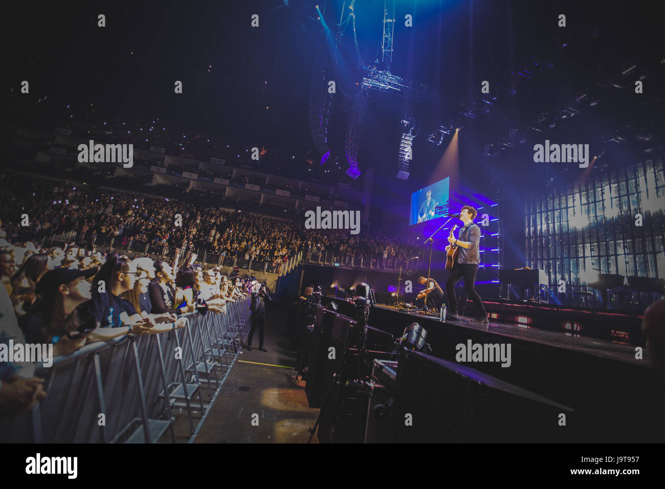 London, UK. 2nd June, 2017. Canadian singer and songwriter, Shawn Mendes, performs at the London O2 Arena on the - Stock Image