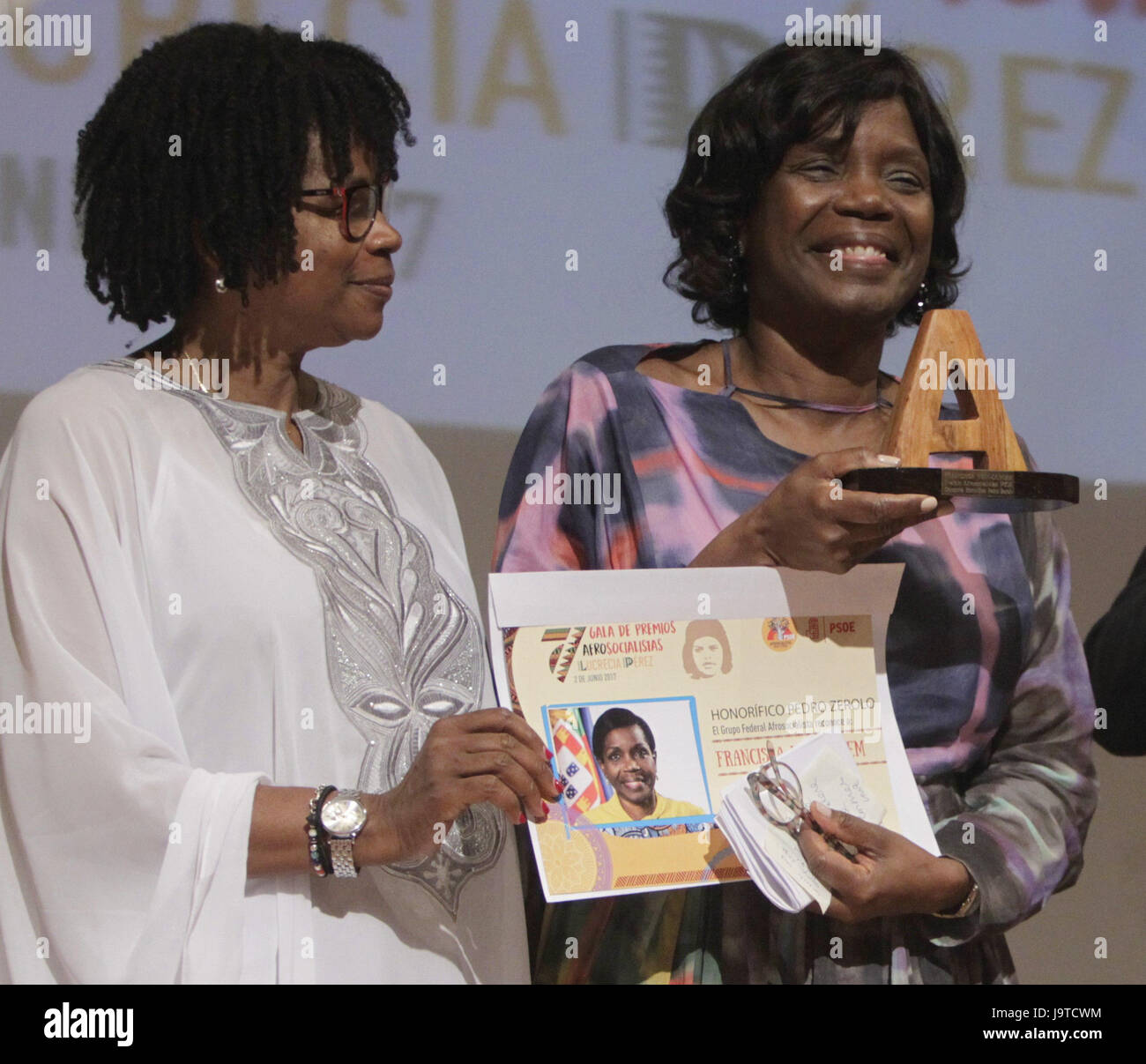 Portuguese Justice Minister Francisca Van Dunem (R), first black member of Portugal's Government, is awarded - Stock Image