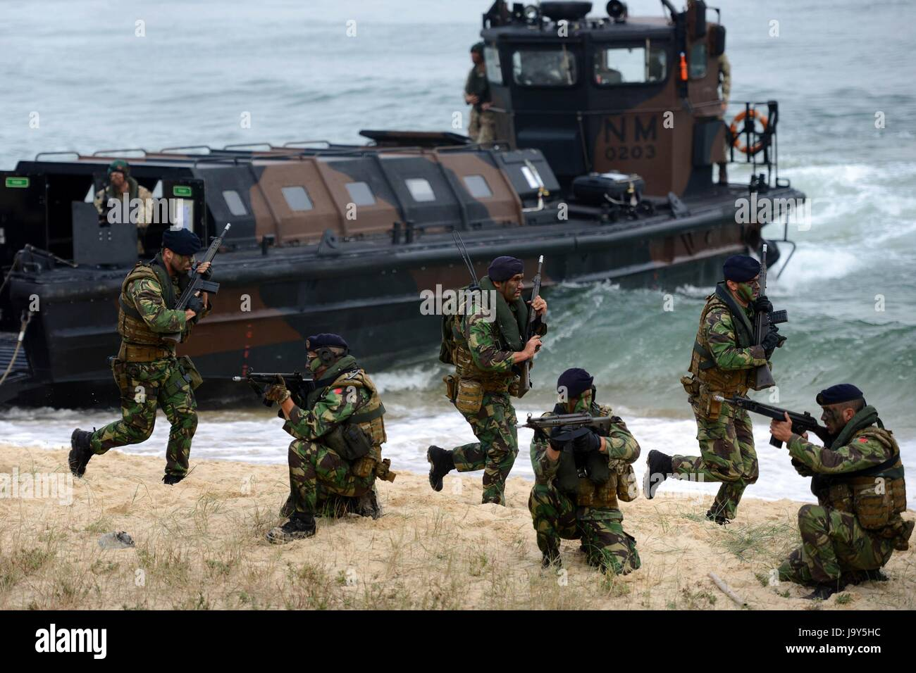 Portuguese commandos conduct an amphibious beach landing during NATO exercise Trident Juncture November 5, 2015 - Stock Image